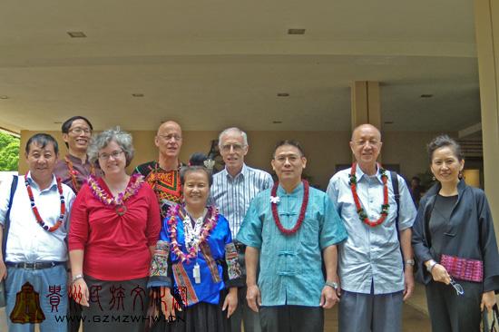 席克定研究员赴夏威夷民族服饰展览